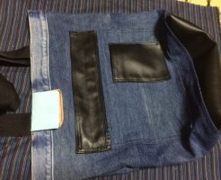合皮布とジーンズのトートバッグ